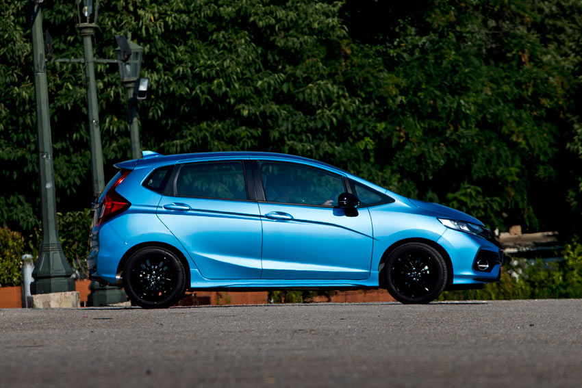 /UserFiles/Image/news/1__PRESENTATIONS/2018/Honda_Jazz_fl/Jazz_4_big.jpg