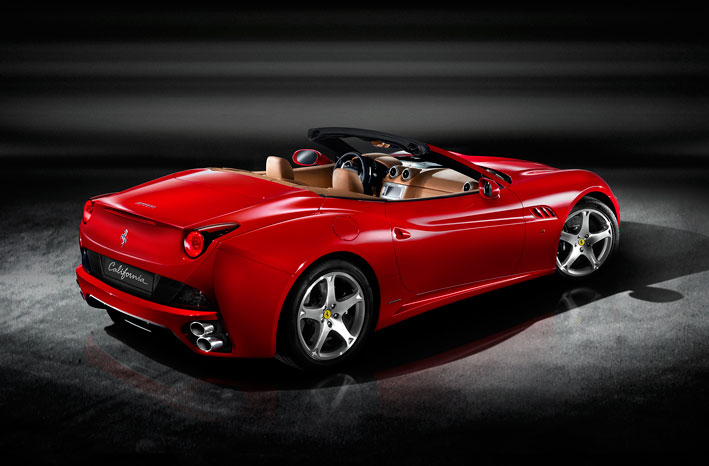/UserFiles/Image/news/2008/Paris_2008/Ferrari/California_3_big.jpg