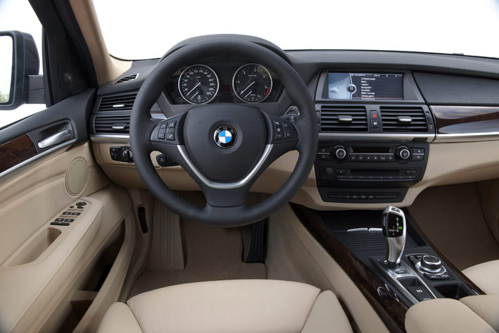 /UserFiles/Image/news/2010/Geneva_2010/BMW/X5_3_big.jpg