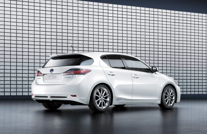 /UserFiles/Image/news/2010/Geneva_2010/Lexus/CT_200h_2_big.jpg