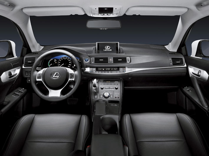 /UserFiles/Image/news/2010/Geneva_2010/Lexus/CT_200h_4_big.jpg