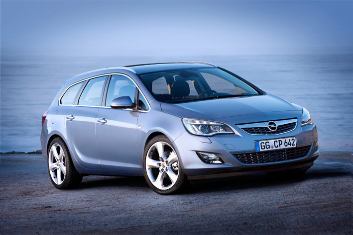 UserFiles/Image/news/2010/Paris_2010/Opel/Astra_Tourer_1_big.jpg