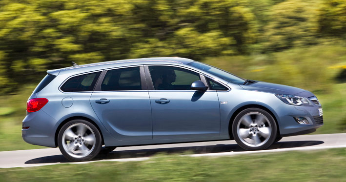 /UserFiles/Image/news/2010/Paris_2010/Opel/Astra_Tourer_3_big.jpg