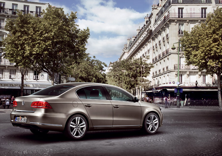 /UserFiles/Image/news/2010/Paris_2010/VW/Passat_2_big.jpg