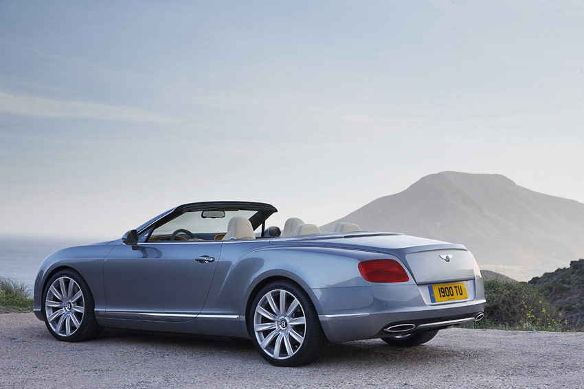 /UserFiles/Image/news/2011/Frankfurt_2011/Bentley/Continental_GTC_2_big.jpg