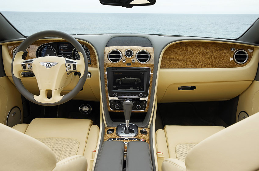 /UserFiles/Image/news/2011/Frankfurt_2011/Bentley/Continental_GTC_5_big.jpg