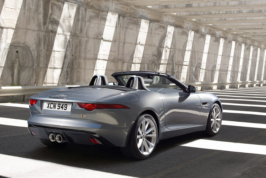 /UserFiles/Image/news/2012/Paris_2012/Jaguar/F-Type_2_big.jpg