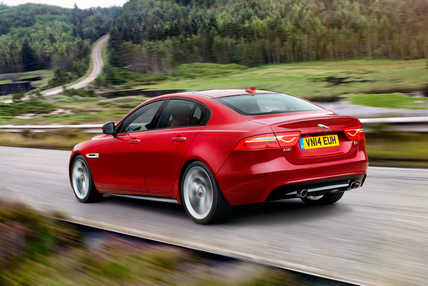 /UserFiles/Image/news/2014/Paris_2014/Jaguar/XE_2_big.jpg