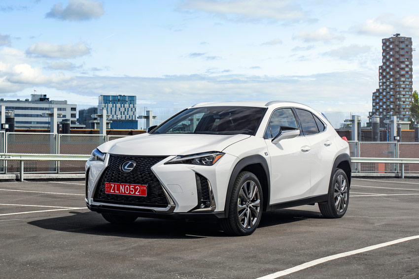 UserFiles/Image/news/2018/Paris_2018/Lexus/UX_1_big.jpg