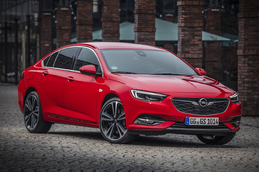 UserFiles/Image/tests/2018_tests/Opel_Insignia_3_18/Insignia_1_big.jpg