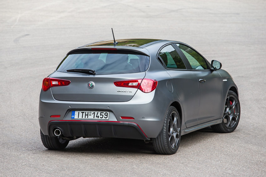 /UserFiles/Image/tests/_comparatives/2016/Giulietta_D_116d_12_16/Giulietta_4_big.jpg
