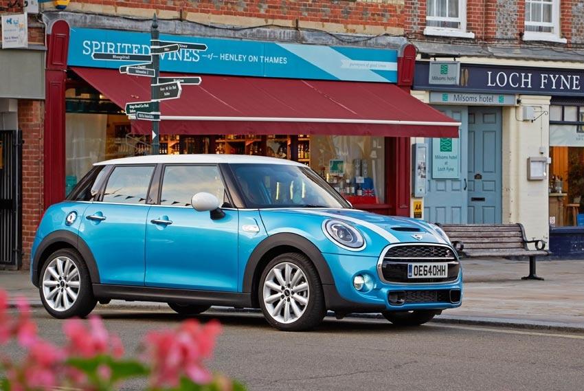 Mini 5 door Cooper SD