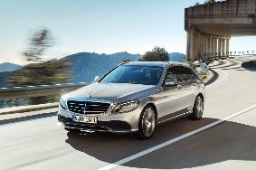 Ανανέωση για τη Mercedes C-Class
